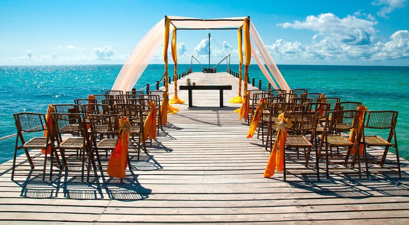 Infinite Love with Infinite Options in Mexican Caribbean